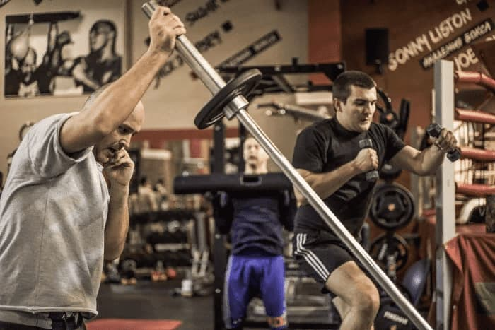 Кроссфит для мужчин в Академия бокса фото