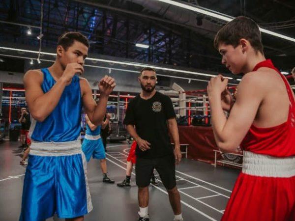 Липинец в Академии бокса фото